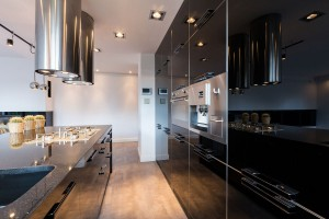 Beautiful black lacquered kitchen